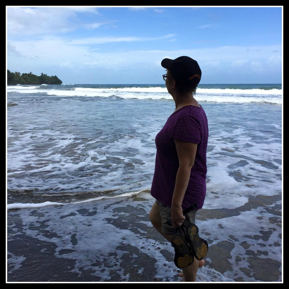 "Peace Corps Costa Rica volunteer, Karen Campbell living ""Pura Vida"""